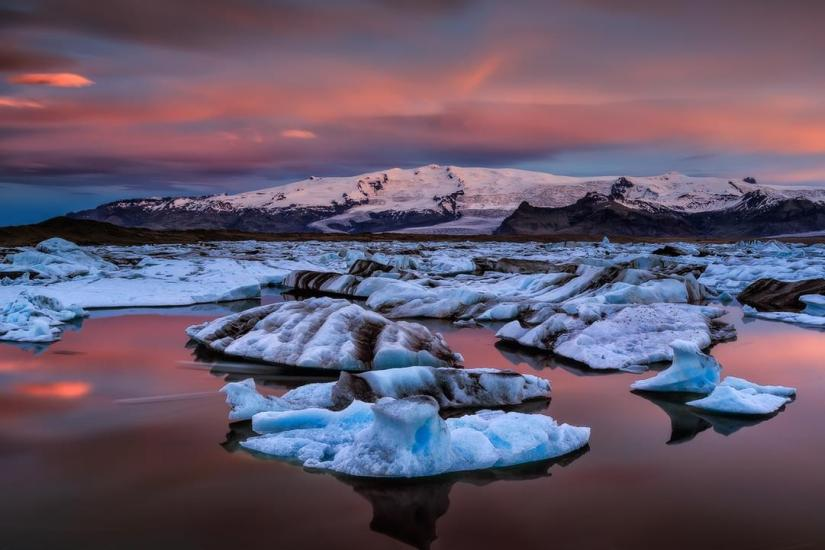 glacier1-iceland-in-8-days